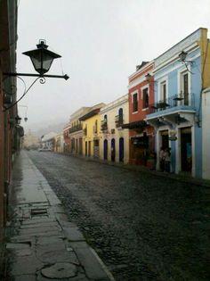 Antigua Guatemala bajo la lluvia