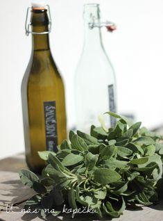 U nás na kopečku: šalvějový čaj Spices, Food And Drink, Smoothie, Herbs, Favorite Recipes, Homemade, Wine, Canning, Gardening
