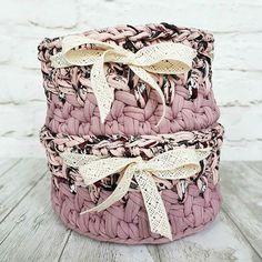 Что подарить на 8 марта подругам-двойняшкам? Что-то стильное, полезное, красивое и интересное? Например, такие нежные корзиночки в стиле шебби шик  В них сочетается невероятно красивого цвета пряжа Liana @lianaknit, принтованная пряжа Maccaroni @maccaroniyarn.ru и чудесное хлопковое кружево ❤ ⠀⠀⠀⠀⠀⠀⠀⠀⠀⠀⠀⠀ Цена одной такой корзинки - 700₽ ⠀⠀⠀⠀⠀⠀⠀⠀⠀⠀⠀⠀ Для заказа - оставляйте комментарии, пишите в директ или WA +79165626287