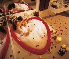 Caesars Poconos Resort - I actually had one of the rooms with the heart-shaped tub.