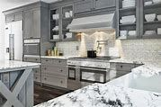 Stunning Ideas of Grey Kitchen Cabinets – Kitcapfix Blue Gray Kitchen Cabinets, Grey Painted Kitchen, Painting Kitchen Cabinets, Kitchen With Big Island, Stools For Kitchen Island, Shaker Style Kitchens, Shaker Kitchen, Kitchen Countertops, Kitchen Appliances