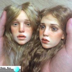 O artista russo Michael Zajkov ficou famoso por criar estas incríveis bonecas realistas, de argila plástica, mas ele também utiliza vidro e uma espécie de lã para os cabelos, criando efeitos intensos com olhares profundos e feições humanas perfeitas.  #Arte #BonecasRealistas #MichaelZajkov #Realismo #Detalhes #Rússia #DanielKalilArquitetura
