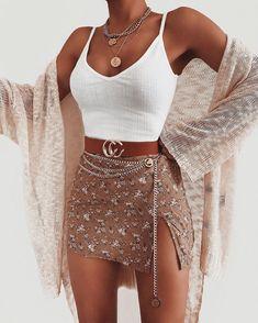 Bodysuit Belt Necklace via Ooh La Luxe ad. Bodysuit: Linea Bodysu Mini Skirts Ideas of Mini Skirts Bodysuit Belt Necklace via Ooh La Luxe ad. Bodysuit: Linea Bodysuit Belt: CC Belt Necklace: Camila Coin Necklace - Mini Skirts - Ideas of Mini Skirts Teen Fashion Outfits, Mode Outfits, Girly Outfits, Cute Casual Outfits, Look Fashion, Pretty Outfits, Beautiful Outfits, Stylish Outfits, Womens Fashion