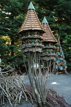 birdhouses , Artist Freeland Tanner