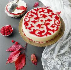 cucinama.com - Panna cotta al cioccolato bianco con gelatina di lamponi