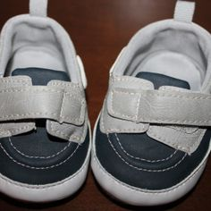 Sperry type slip-ons (NWOT), Size 2