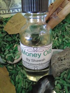 This is 1 Full Ounce of Money Oil that is conjured and has herbs and roots added specifically after #moon #magick #wicca #rootwork #twinflames #onlineclass #prosperity #tarot #oshun #smudgefeathers #orishas