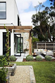 dual-purpose holiday home The charming garden evokes villas in Italy. Key plants include French lavender…The charming garden evokes villas in Italy. Outdoor Areas, Outdoor Rooms, Outdoor Living, Outdoor Decor, Outdoor Fire, Backyard Landscaping, Pergola Patio, Landscaping Ideas, Timber Pergola