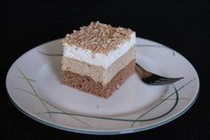 Gaštanové kocky - recept Vanilla Cake, Tiramisu, Cupcake, Deserts, Dessert Recipes, Food And Drink, Baking, Ethnic Recipes, Fotografia