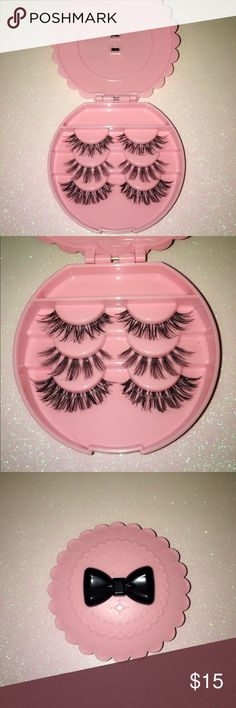 % Handmade beautiful eyelashes set Comes with cute pink bow tie eyelash case! 100% handmade Mink Human hair. Size in WSP gives you that natural extension effect! ;) Reusable up to 3 weeks. These lashes are very natural, very pretty. It's worth the price. You won't be able to a cute lashes set for this price anywhere. It's hand picked by me. It's a strip lashes. Very easy to apply. Makeup False Eyelashes