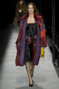 Bottega Veneta ready-to-wear autumn/winter '18/'19 - Vogue Australia