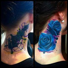 Tattoos on neck에 있는 beautiful tattoos and more님의 핀 tattoos, Rose Tattoo Cover Up, Rose Drawing Tattoo, Black Tattoo Cover Up, Tattoo Drawings, Tattoo Cover Ups, Tattoos Skull, Leg Tattoos, Body Art Tattoos, Sleeve Tattoos