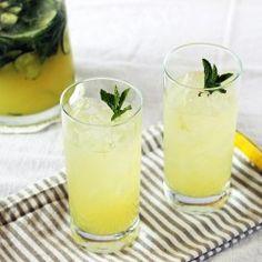 Boozy Mint Lemonade