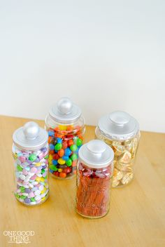 By raise of hands….who can't stand to throw perfectly good glass jars away!? Aha! I thought so. :-) It could be considered some sort of an obsession, but I just can't do it! Consequently I have repurposed a LOT of jars over the years, but when I saw this idea on Pinterest many months ago …