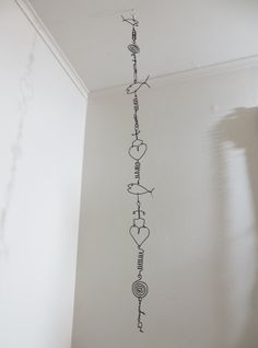 Wire Art Garland by CharestStudios on Etsy, $36.00