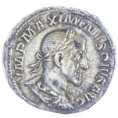 Maximinus Thrax Denar, Av: IMP MAXIMINVS PIVS AVG belorbeerte, drapierte und gepanzerte Büste nach rechts, Rv: PAX AVGVSTI Pax nach links stehend, Szepter und Olivenzweig haltend