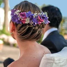 flowers style wedding hairstyle   / peinado de novia con flores naturales / cool