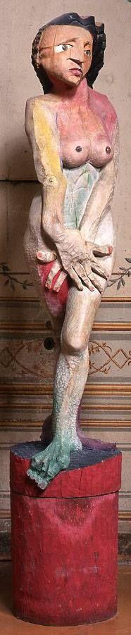 FRANCISCO LEIRO - Eva scacciata dal Paradiso - La gamba destra e il piede sinistro della figura sembrano conservare ancora i caratteri dell'originario legame col mondo vegetale e animale. Modern Sculpture, Garden Sculpture, Ernst Ludwig Kirchner, Giza, Psp, Ancient History, Wood Carving, Wood Art, Religion