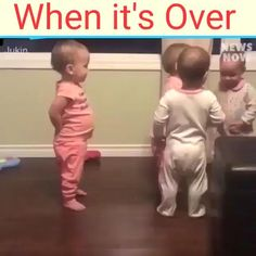 Cute Funny Baby Videos, Cute Funny Babies, Funny Videos For Kids, Funny Cute, Cute Kids, Videos Funny, Funny Baby Memes, Funny Video Memes, Funny Jokes