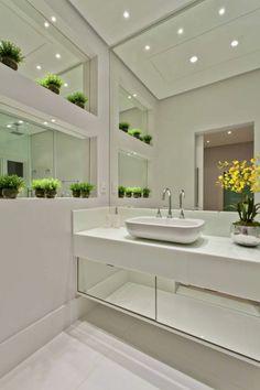 modern Bathroom by Arquiteto Aquiles Nícolas Kílaris Decor, Bathroom Furniture, Trendy Bathroom, Home Decor, Bathroom Interior, Modern Bathroom, Luxury Bathroom, Bathroom Decor, Beautiful Bathrooms