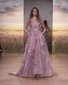 Dress videos Ziad Nakad Look Spring Summer 2018 Haute Couture Collection Beautiful Embroidered Lipstick Pink A-Lane Evening Dress / Evening Ball Gown with a Train. Runway Show by Ziad Nakad Glamorous Dresses, Elegant Dresses, Pretty Dresses, Godmother Dress, Prom Dress Couture, Designer Gowns, Designer Clothing, Couture Collection, Beautiful Gowns