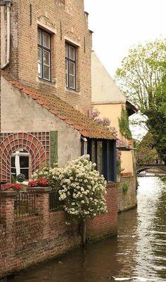 Bruges Belgium - image via Tumblr