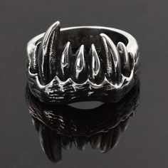 1PC Stainless Steel Rock Ring Big Animal Tooth Gothic Punk Ring Size 7 to 13
