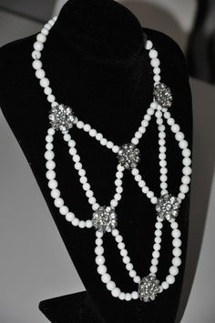 Pearl Necklace, Pearls, Facebook, Jewelry, Atelier, Jewellery Making, String Of Pearls, Jewels, Beads