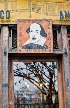 Detail, Shakespeare and Company bookstore in Paris