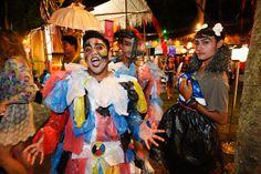 Bali Spirit Festival 2013 Creative recycling of plastic bags. Photo Matt Oldfield. #Ubud #Bali #plastic #plastik