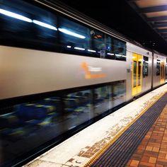 #mulpix 다시 돌아온 시드니 처음본 이층 열차 깨끗하고 깔끔하고 앞에 앉은 인도여성이 너무 예뻤고 ㅎ #sydney  #Australia  #train  #nsw