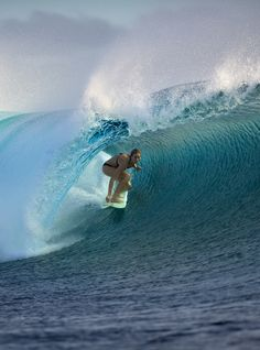 Get news, videos, photos and results from the World Surf League's 2015 Fiji Women's Pro surf competition. Marinha Wallpaper, Surf Competition, World Surf League, Female Surfers, Surfing Pictures, Beach Aesthetic, Surf Girls, Fiji, Strand