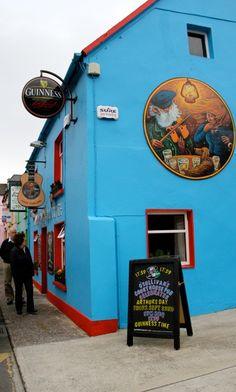 O'Sullivan's Courthouse Pub, Dingle, Co. Kerry, Ireland http://www.osullivanscourthousepub.com/