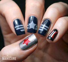 I Want The Winter Soldier Nails @Viva_la_Loki @Lisy Nightroad @disneycastle88 @Hyunxin96 @Brittany Puckett pic.twitter.com/ilBhd5QfKT