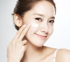 Conheça a rotina coreana de cuidados com a pele