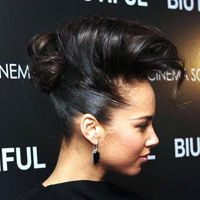 30 Sexy Alicia Keys Hairstyles