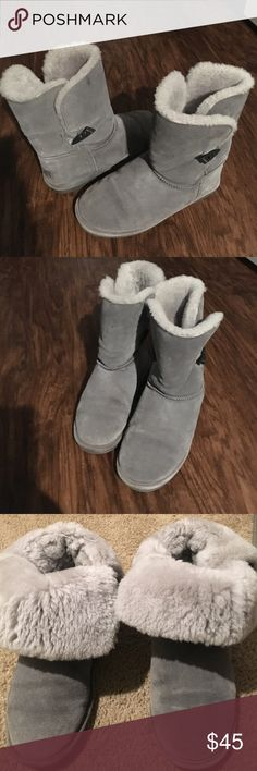Bear paw boots Sz 8 Good condition , no over used , no odors , and perfect for this soon cold weather BearPaw Shoes Ankle Boots & Booties