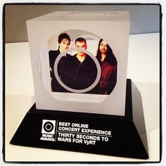 Did we ever show you this? O MUSIC AWARD for Best Online Concert Experience with #VyRT (@VyRTcom)! — #MARSisComing