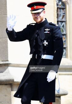 The Royal Wave - The Best Pictures Of Prince Harry And Meghan Markle's Royal Wedding - Photos Harry And Meghan Wedding, Harry Wedding, Prince Harry And Megan, Prince Henry, Prince William, Royal Wedding Outfits, Royal Weddings, Lady Diana, Meghan Markle Wedding Pictures