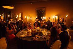 Fotografia de boda al Penedès, el banquet i la festa a la boda. Boda moderna, original i diferent a masia prop de Barcelona