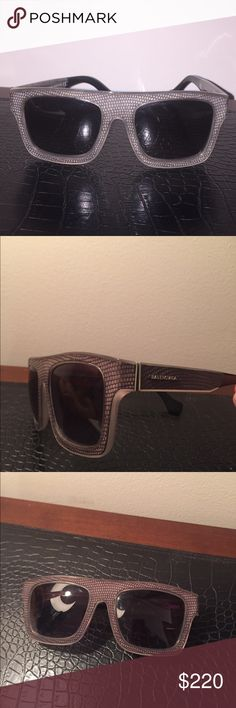 Balenciaga Sunglasses Balenciaga BA0010 sunglasses. The Dark Grey Gradient lenses matches well with the Dark Grey frames. Great condition Balenciaga Accessories Sunglasses