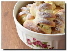 Pruhované rohlíky – PEKÁRNOMÁNIE Pretzel Bites, Apple Pie, French Toast, Food And Drink, Baking, Breakfast, Sweet, Desserts, Buns