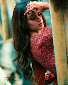 Dpz for girls Cute Girl Face, Cute Girl Photo, Girl Photo Poses, Photo Shoot, Cute Poses For Pictures, Cool Girl Pictures, Girl Photos, Beach Photos, Indian Tv Actress