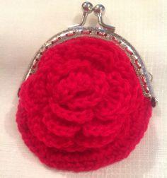 #Monedero #purse #porte-monnaie tejido a #ganchillo #crochet en color rojo pasión