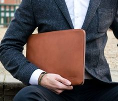 "13"" Laptop Folio / by Oppermann London"