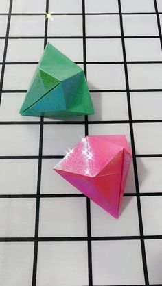 Origami Flowers 203436108156385005 - DIY origami diamond Source by natachaschellin Diy Origami, Paper Crafts Origami, Origami Design, Paper Crafting, Origami 3d Shapes, Origami 3d Star, Origami Balloon, Origami Garland, Geometric Origami