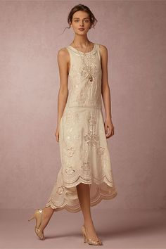 This collection of bohemian wedding dresses features boho dresses perfect for an effortless look. Shop BHLDN's hippie-inspired, bohemian wedding looks now! Bride Reception Dresses, Wedding Dress Sizes, Wedding Dresses, Party Dresses, Mother Of The Bride Dresses Long, Mothers Dresses, Vestidos Vintage, Vintage Dresses, Tulip Dress