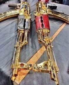 Tuning Guns Impress With Its Aesthetics Photos) Rifles, Weapons Guns, Guns And Ammo, Armadura Cosplay, Armas Ninja, Revolver, Ak 47, By Any Means Necessary, Custom Guns