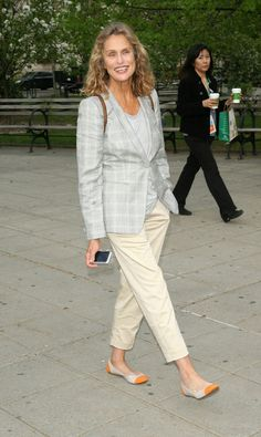 These Rare Photos of the Iconic Lauren Hutton Are ...