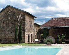 An old french farmhouse restored in style - Sharon Santoni